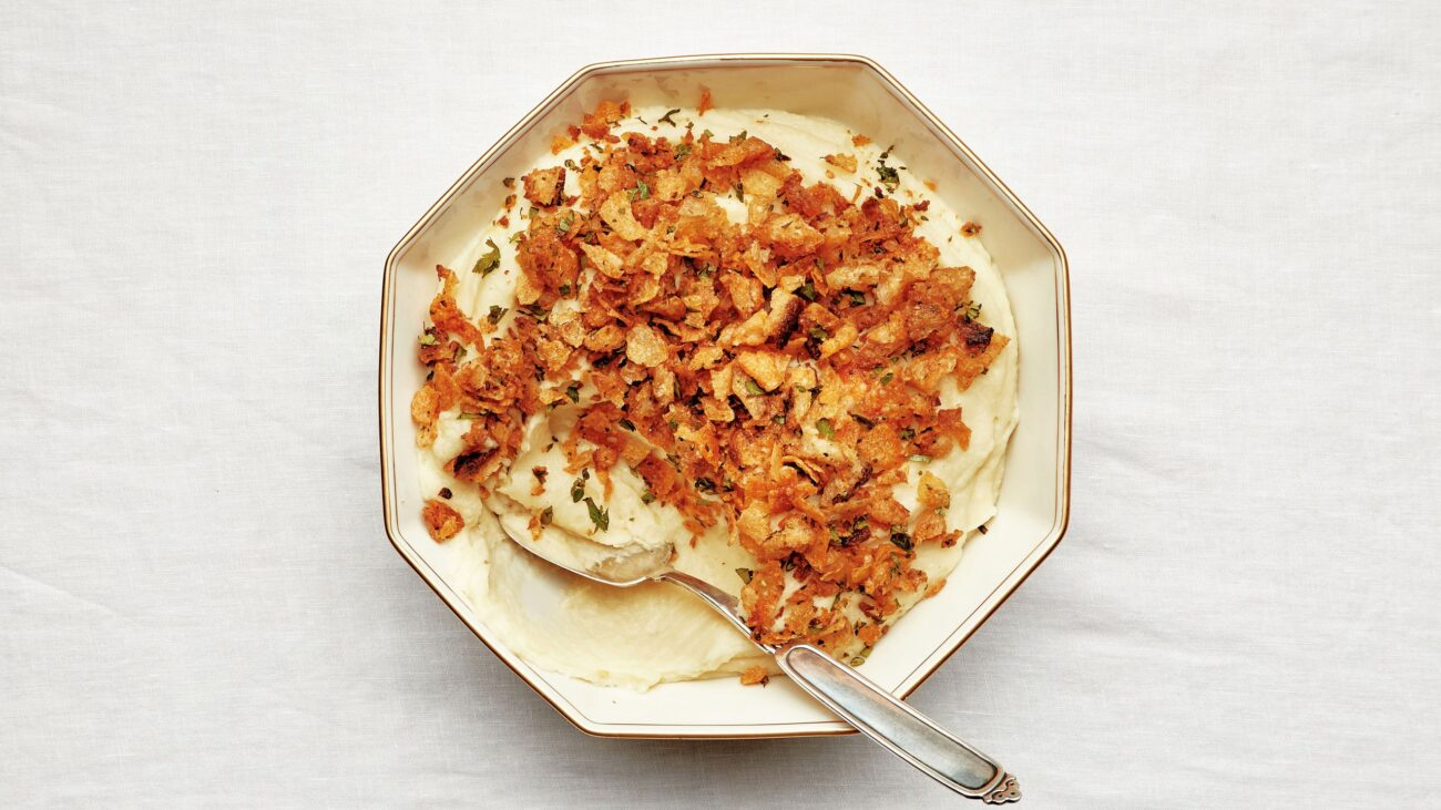 Thanksgiving Mashed Potatoes with Crispy Crunchies